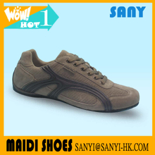 2017 Hot Selling Men Sexy Brown Casual Shoe with Wearproof Rubber Outsole of Factory Price