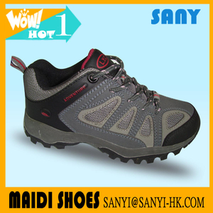 2018 best quality hiking shoes with Breathable Mesh for Men