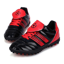The new children's football shoes 2018 hot selling Broken nail training shoes brand Sports shoes for kids
