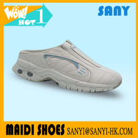 Hottest Men's White Air Sport Casual Slip-on Shoe with Flexible Air-cushion TPR Outsole from China