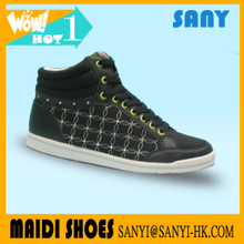 Best Selling Low Price Black Crystal Casual Skate Shoes with Comfortable Lining for Woman