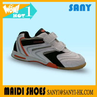 2018 new style Fashionable Designed Kid Boy Soccer Shoes of Low Price