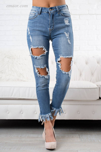 China Skinny Women's Destroyed Skinny Stretch Jeans on Sale